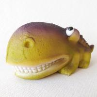 figurka - JEŠTĚR VELKÁ TLAMA fialový